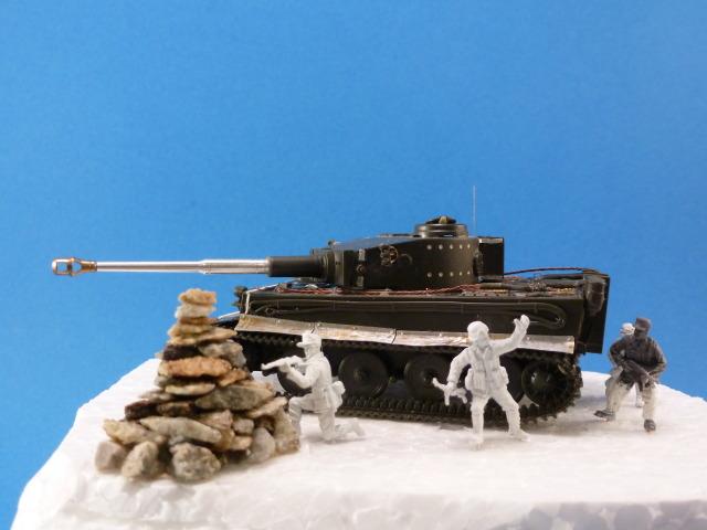 Tigre I Ausf H - Page 3 P1020524