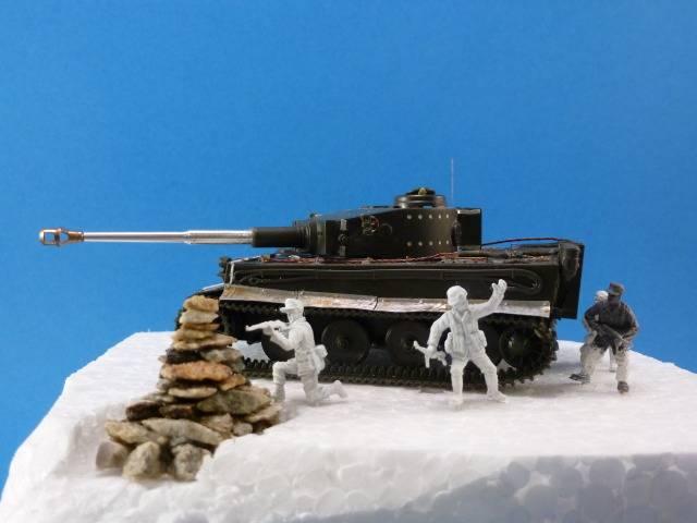 Tigre I Ausf H - Page 3 P1020526