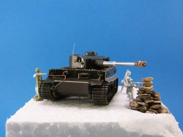 Tigre I Ausf H - Page 3 P1020527