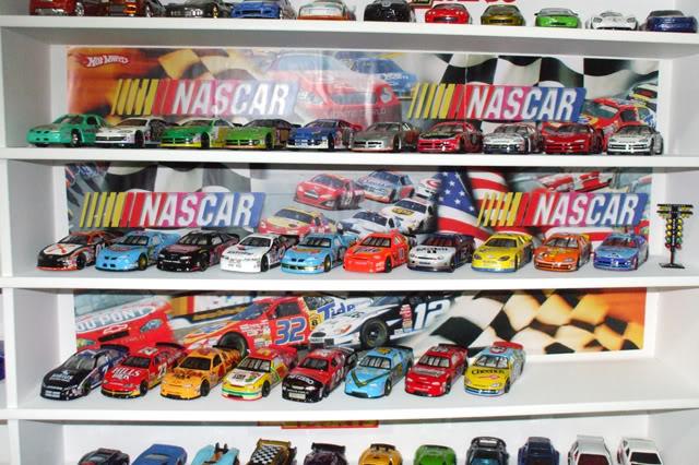 Garagem e Dioramas do Jorge Estante11