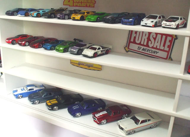 Garagem e Dioramas do Jorge Estante3