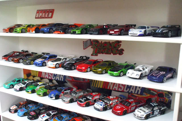 Garagem e Dioramas do Jorge Estante4