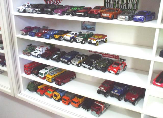 Garagem e Dioramas do Jorge Estante5
