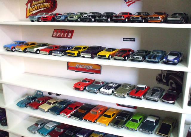 Garagem e Dioramas do Jorge Estante8