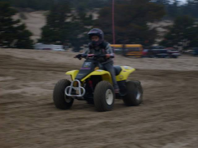 KIDS AND THERE QUADS. POST EM UP C9279e86
