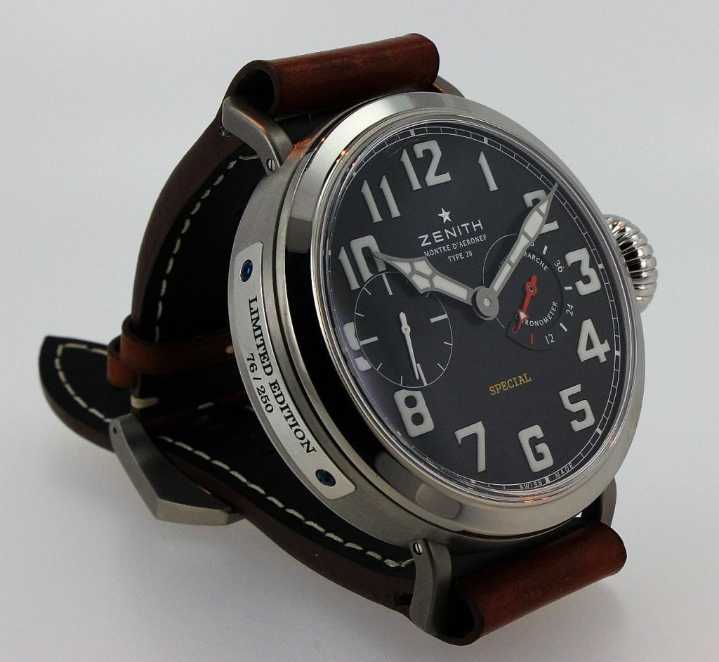 Ma petite, euh Grande, dernière : la Type 20 bracelet de Zenith   - Page 3 Zenithtype20movement5