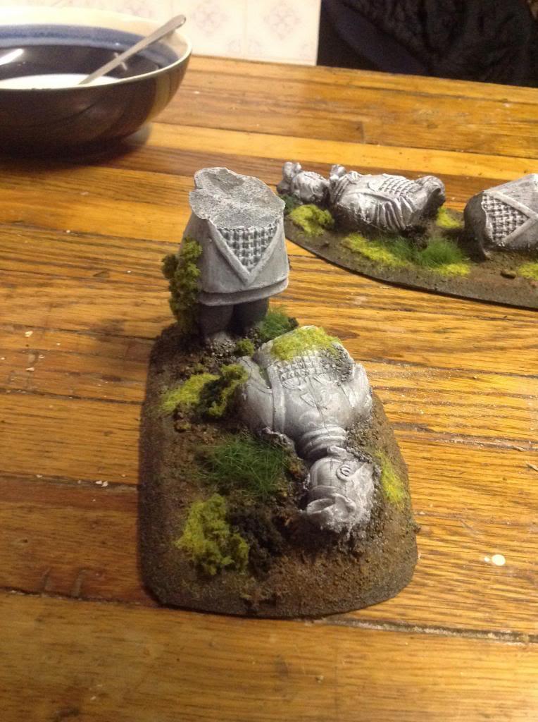 Hexagonal towers, fallen statue, barrel mould (WiP) Image_zps2395f85c