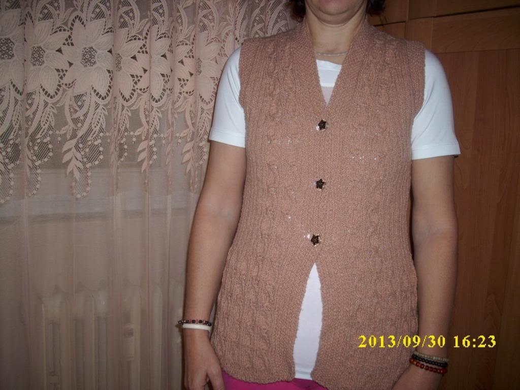 Provocarea nr.7 (tricotat)-Vesta - Pagina 2 DSCI0660_zpsa72d0875