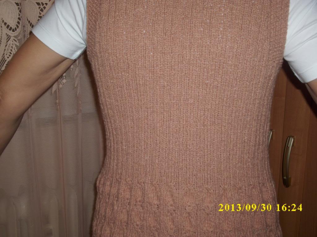 Provocarea nr.7 (tricotat)-Vesta - Pagina 2 DSCI0662_zps067017df