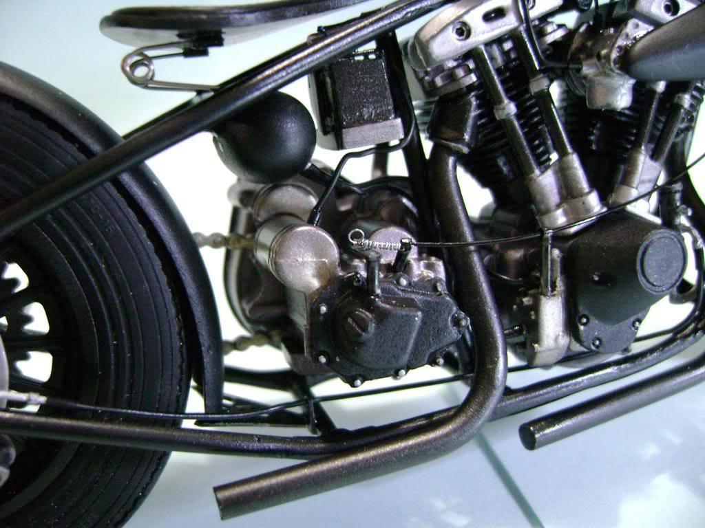 Harley Davidson Bobber 1/12 DSC06333_zpse6a6eeb6