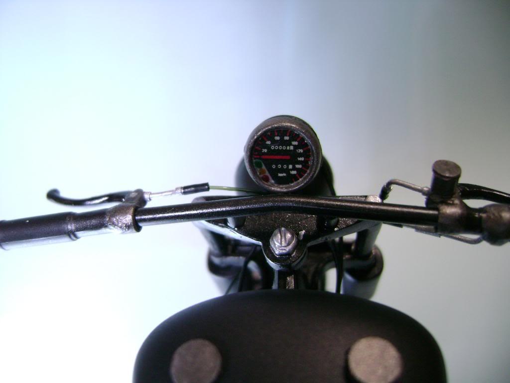 Harley Davidson Bobber 1/12 DSC06339_zpse19f9fad