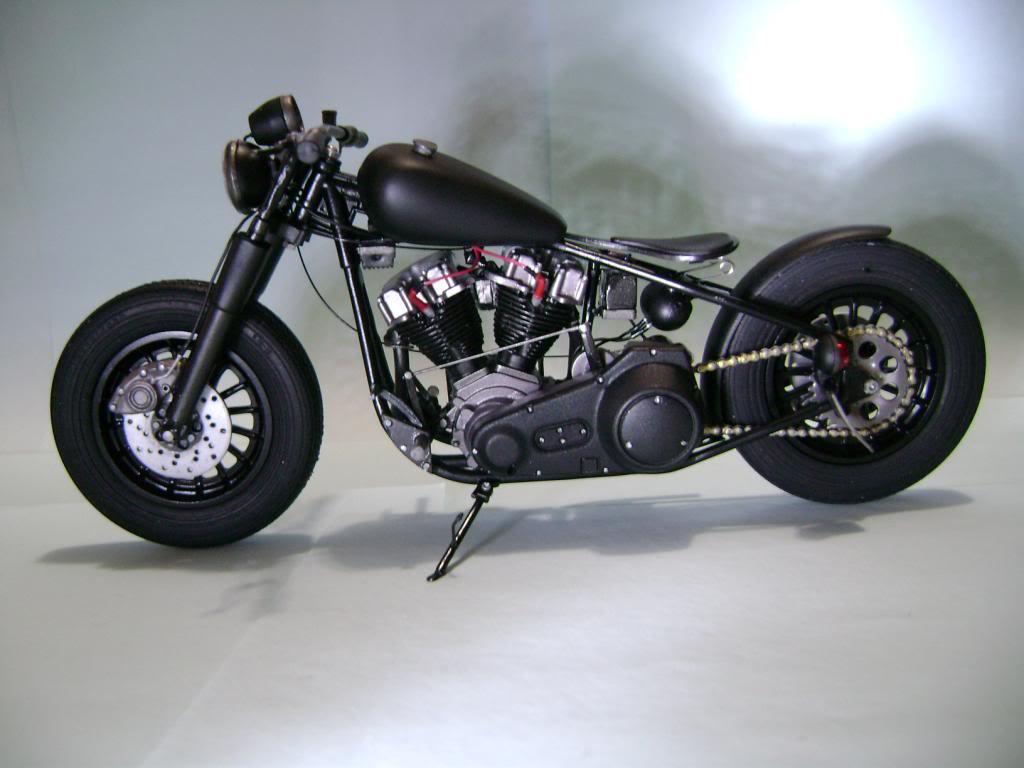 Harley Davidson Bobber 1/12 DSC06355_zpsc49df807