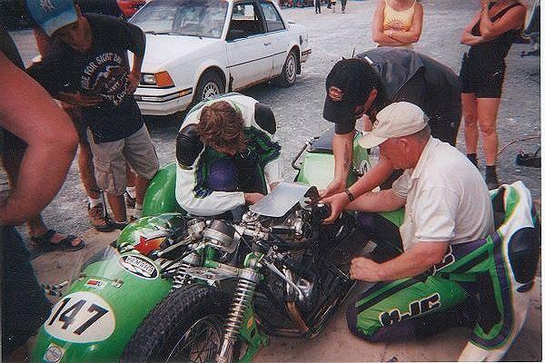 Classic Side Car Race 1/12 Mckinlay-650-sidecar21_zps02ca80f2
