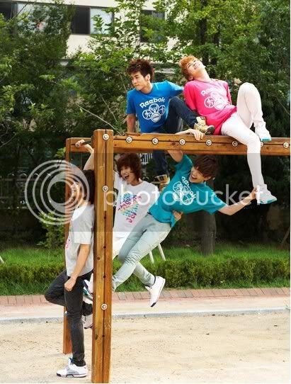 [photos]SHINee New Reebok Cf Mooooooooooooooreeee26