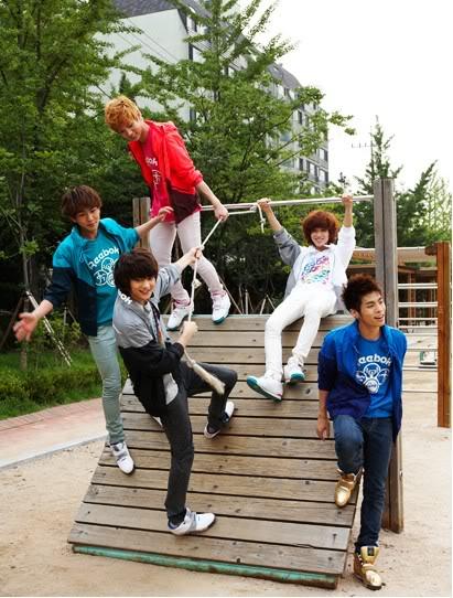 [photos]SHINee New Reebok Cf Mooooooooooooooreeee30