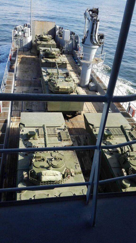 Infanteria de Marina - Página 40 C1-lJdaXEAUt5Q7_zpsdnaiyixj
