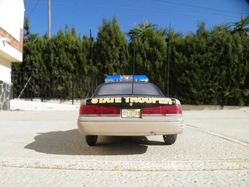 Ford crown tennessee state trooper Varios083_zps1f0aab00