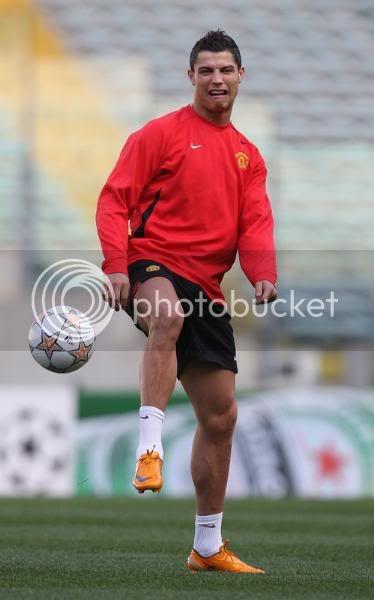 Entrenamiento del Manchester United 31/3/2008...Roma,Italia 8-6