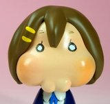 Animu and Mango Hiper SPAM!!! Th_94788__468x_k-on-hirasawa-yui-ultimate-evil-moeblob-figure-004