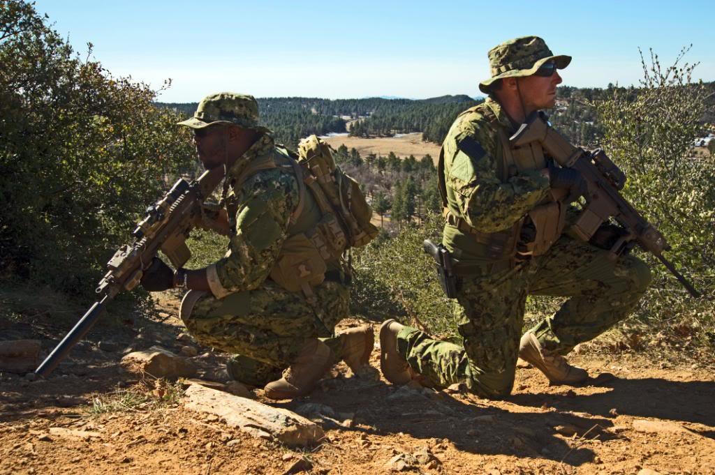 Uniformes seal aor 1 y multicam United_States_Navy_SEALs_90
