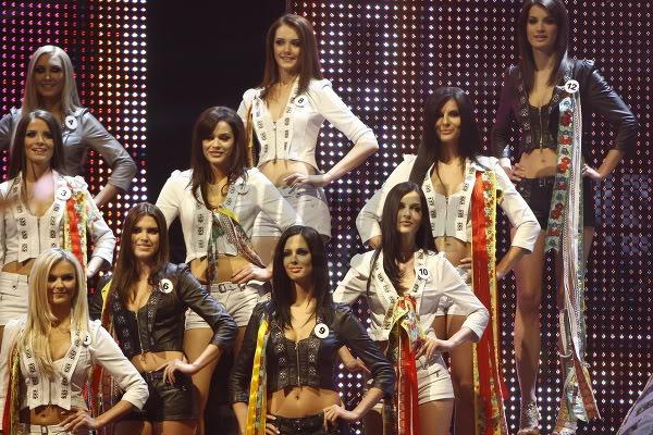 Miss Universe Slovak Rep finals in PICTURES!!! Miss-universe-SR-2010-vecierok-p-19