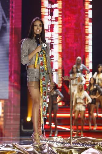 Miss Universe Slovak Rep finals in PICTURES!!! Miss-universe-SR-2010-vecierok-p-6