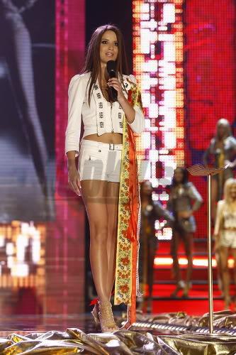 Miss Universe Slovak Rep finals in PICTURES!!! Miss-universe-SR-2010-vecierok-p-9