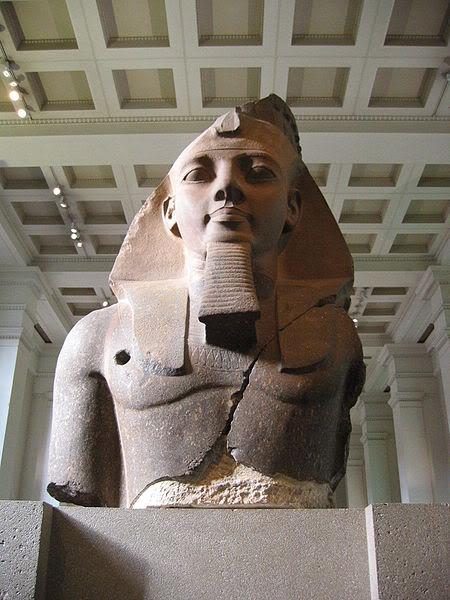 ოზიმანდია, მეფეთ მეფე ვარ გარდასული... 450px-BM_AES_Egyptian_Sulpture__Col