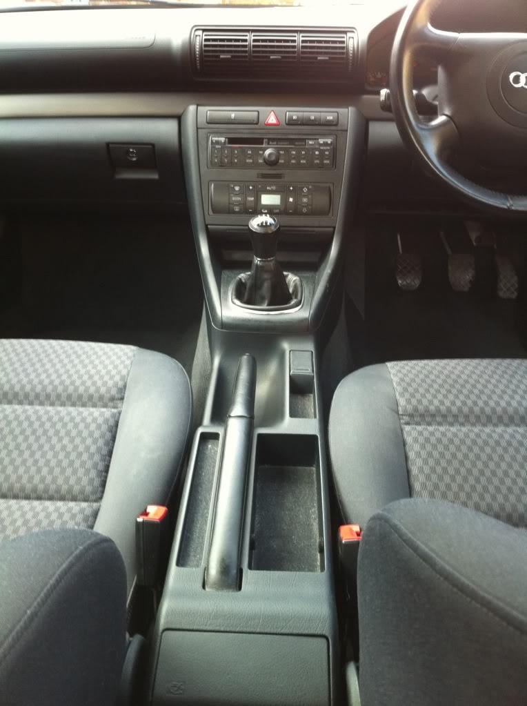 AUDI A4 1.9 TDI - Full Audi Service History - £2600 o.n.o. IMG_0373