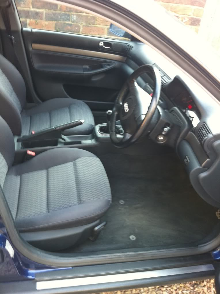 AUDI A4 1.9 TDI - Full Audi Service History - £2600 o.n.o. IMG_0375