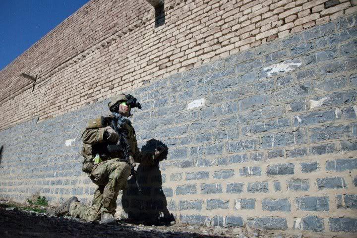 US ARMY RANGER 420123_406248436057520_190158030999896_1788146_1444767811_n