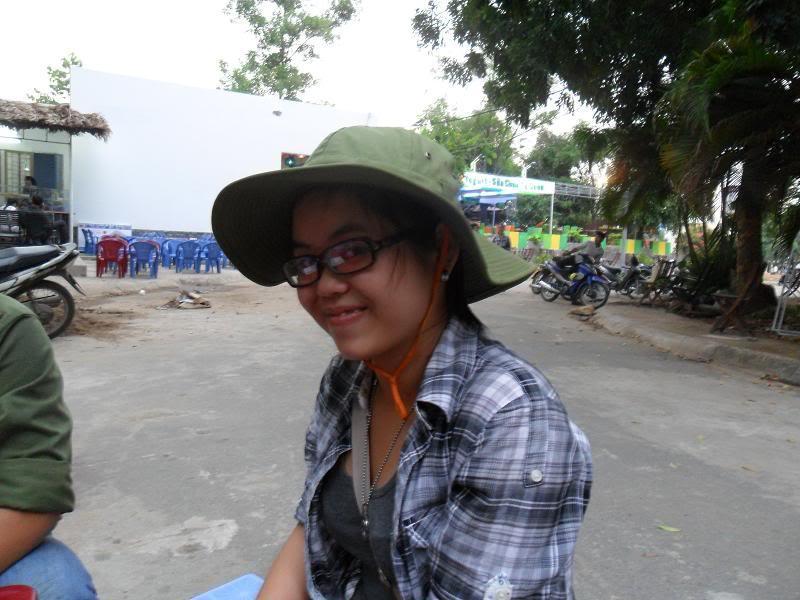 Chùm ảnh A2Pro thăm làng ĐH hôm sinh nhật thằng Ve  SAM_0104