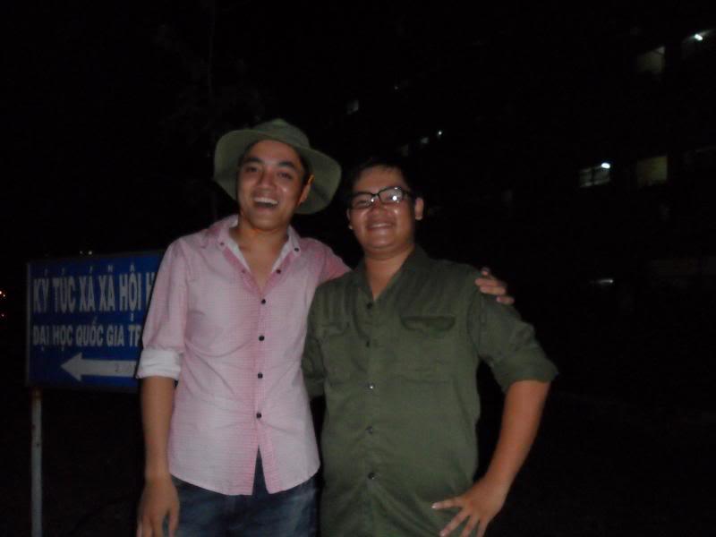 Chùm ảnh A2Pro thăm làng ĐH hôm sinh nhật thằng Ve  SAM_0116