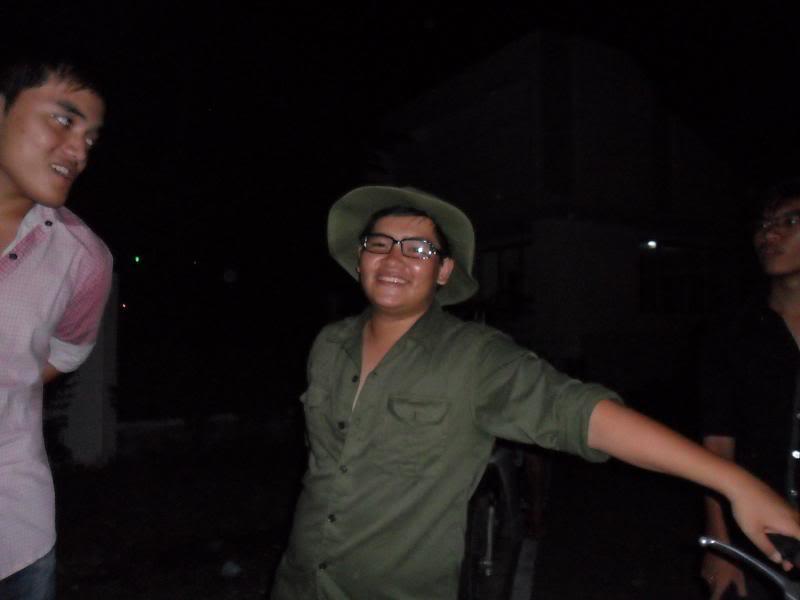Chùm ảnh A2Pro thăm làng ĐH hôm sinh nhật thằng Ve  SAM_0123