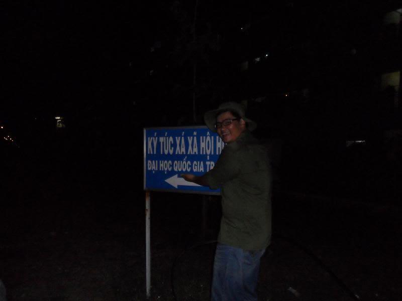 Chùm ảnh A2Pro thăm làng ĐH hôm sinh nhật thằng Ve  SAM_0130