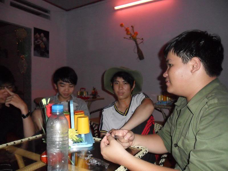 Chùm ảnh A2Pro thăm làng ĐH hôm sinh nhật thằng Ve  SAM_01522