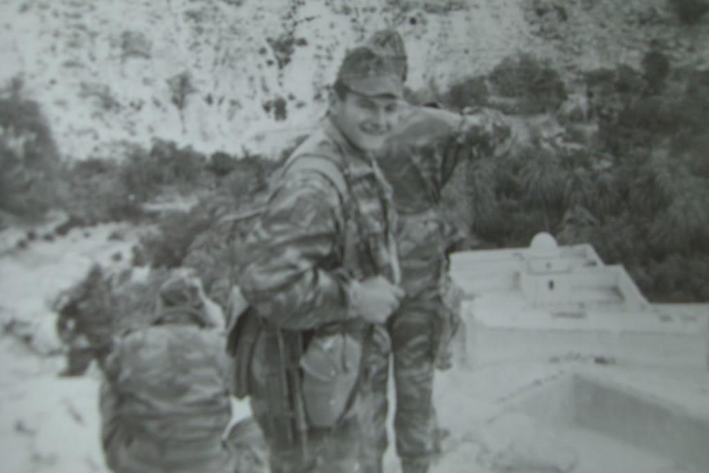 Quelques photos du 9 en Algerie - Page 2 CIMG0001