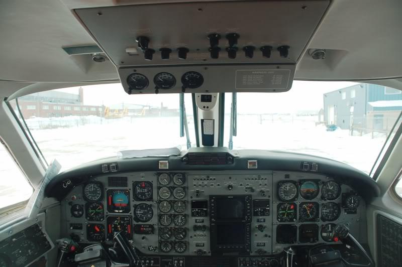 Winnipeg James Armstrong Richardson International Airport (YWG / CYWG) DSC_5775