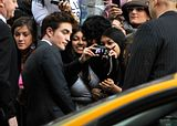 Water for elephants NY 17 avril 2011 Th_Pattinsonlife-WFEP-904-1