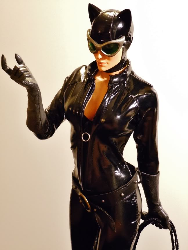 CATWOMAN 1:4 SCALE MUSEUM QUALITY Statue  - Page 2 DSCN2781