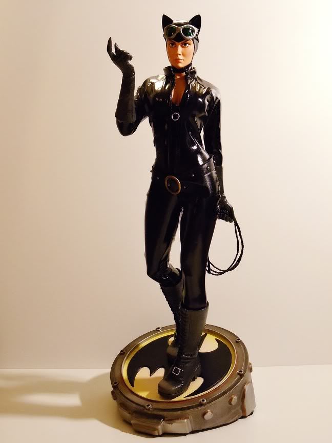 CATWOMAN 1:4 SCALE MUSEUM QUALITY Statue  - Page 2 DSCN2791