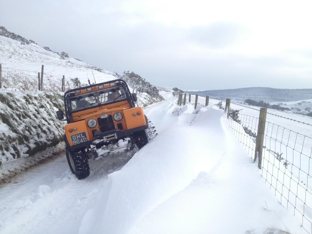 Deep snow IMG_4738_zps4973e4b3