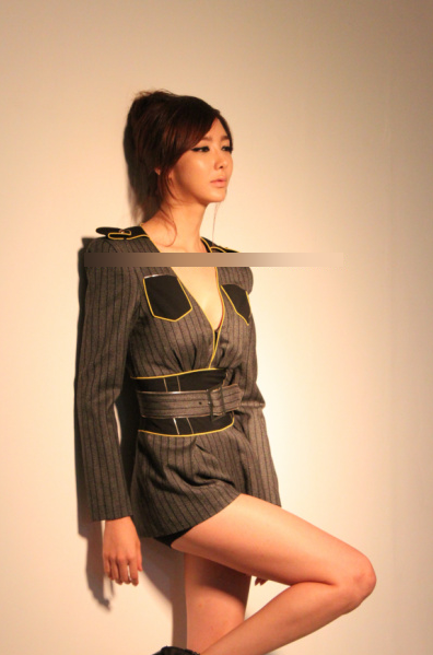 """[Oficial/photos] Rana @ Elle Korea """"Behind-the-scenes"""" 242e0512"""