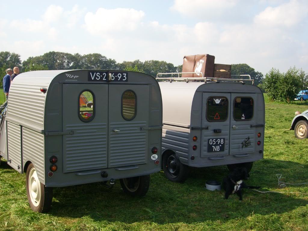 10eme rencontre des 2cv camionettes (Leersum, NL) 25-27 sept AU1951_2