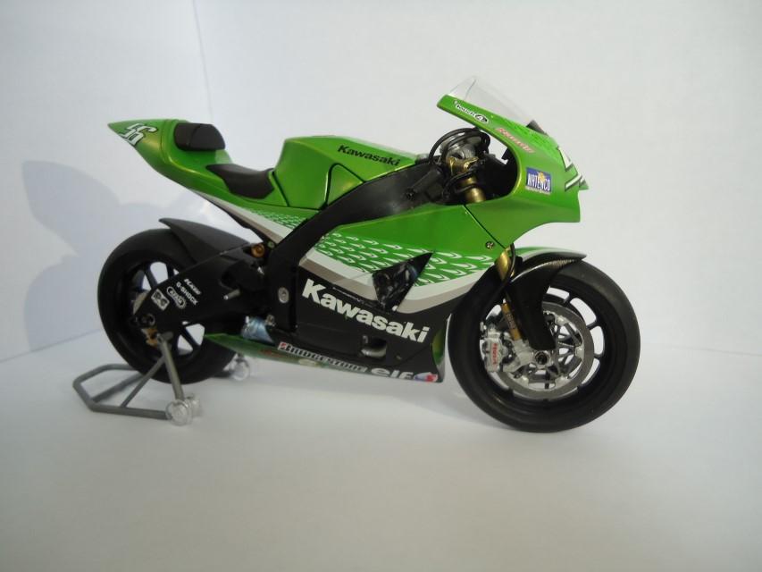 Kawasaki Ninja ZX-RR 2006 174bcb725aec7fbfc2056d7e3a3df193