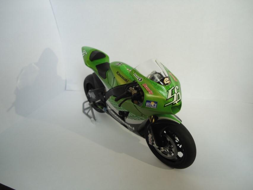 Kawasaki Ninja ZX-RR 2006 E79d92f735681947820c3fda18b305ee