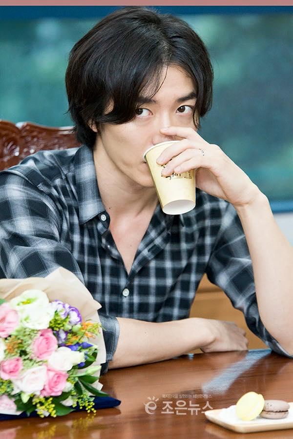 Ким Джэ Вук / Kim Jae Wook. Малыш Вук. Вафелька - Страница 9 A70323be8ea2a9a1dd171b9dad01a896