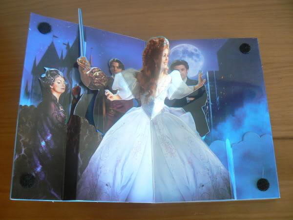 [DVD] Il Etait Une Fois - Edition Simple et Collector (28 mai 2008) - Page 4 Enchanted-03