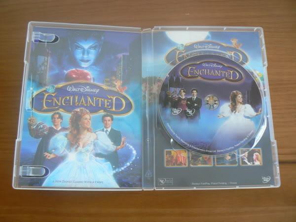 [DVD] Il Etait Une Fois - Edition Simple et Collector (28 mai 2008) - Page 4 Enchanted-05