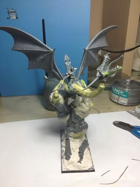 brutal paso a paso de un dragon alto elfo Dragon_wip_046